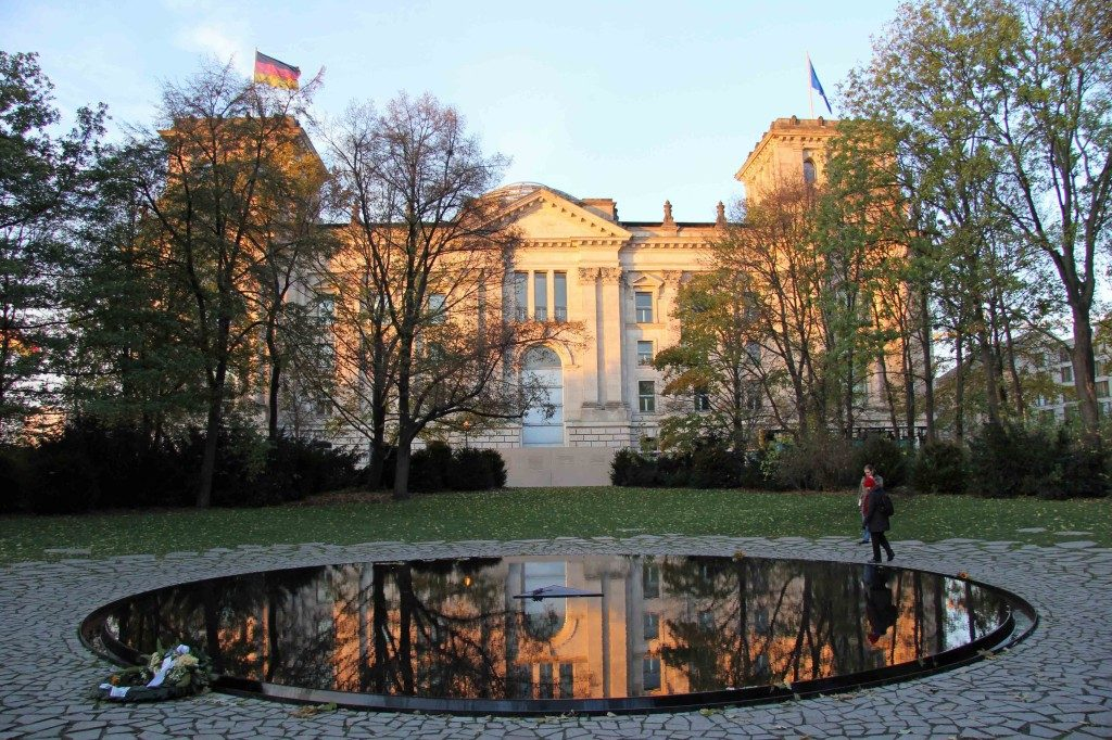 image-of-the-romani-and-sinti-memorial-pool-forgotten-holocaust-article-by-sarah-matthias-my-inspiration-for-a-berlin-love-song